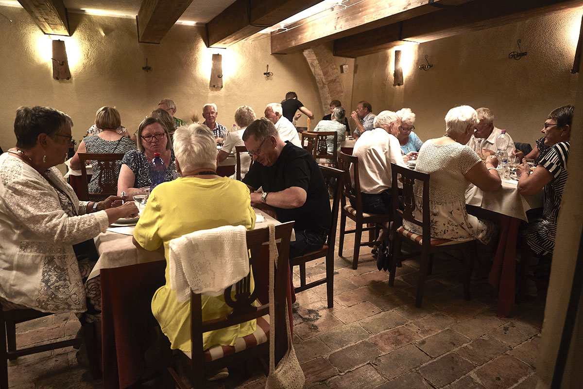 Groups and tour operators - Typical tuscan restaurant in Sarteano - Internal rooms 2