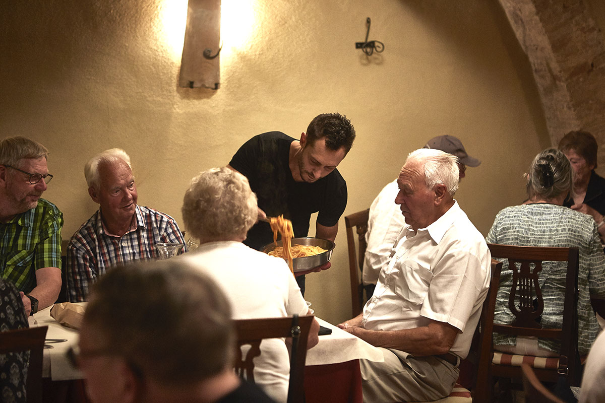 Groups and tour operators - Typical tuscan restaurant in Sarteano - Internal rooms 3